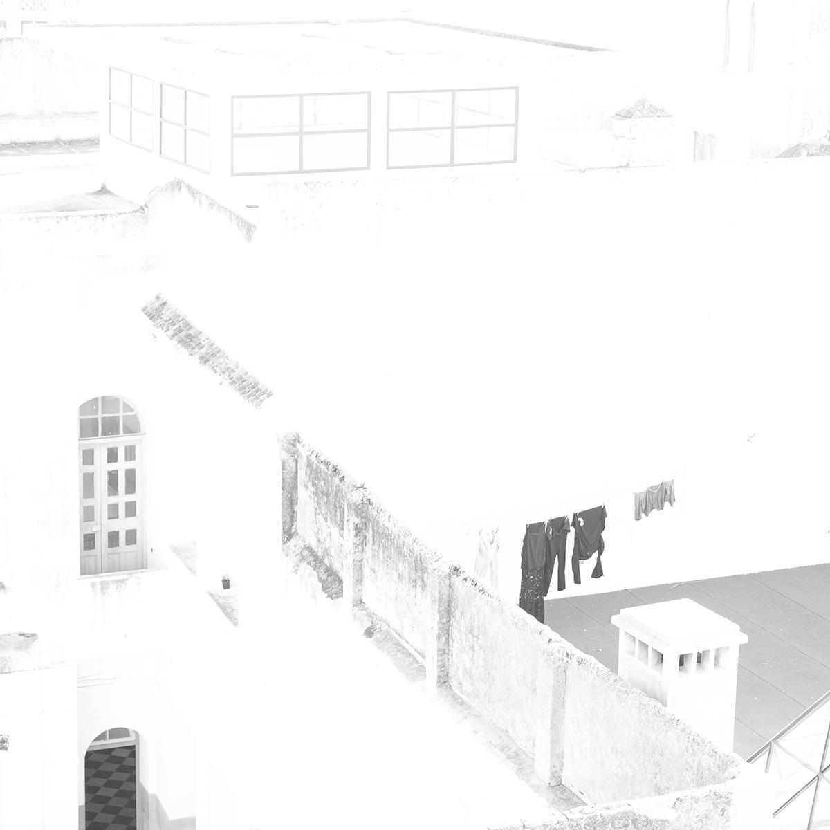 Wäsche im Hof – Suse Güllert