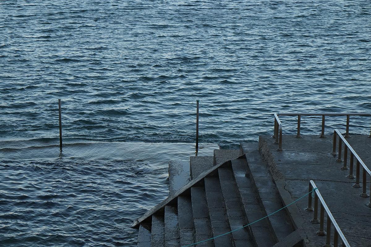 Blaue Treppe – Suse Güllert