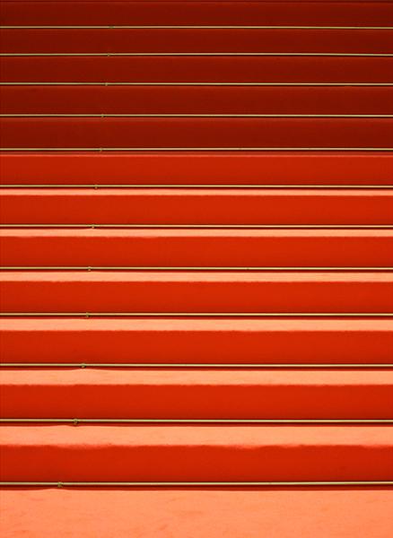 Rote Treppe – Suse Güllert Fotografie